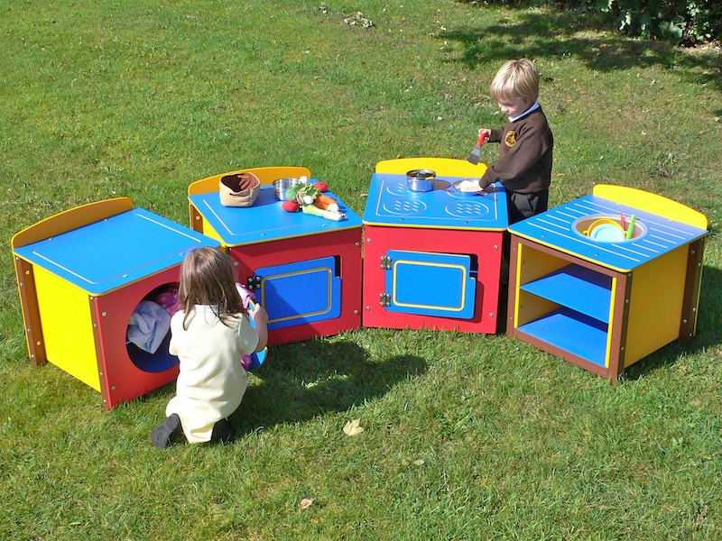 Childrens Play Kitchen Units in recycled plastic