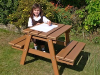 Recycled Plastic Childrens Picnic Table/Childrens Picnic Bench