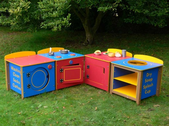 Kedel's Recycled Plastic Children's Outdoor Kitchen Units for Nursery Educatyion