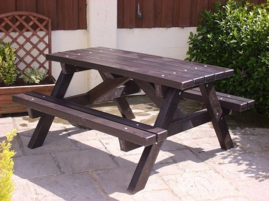 Recycled Plastic Picnic Table | Ribble