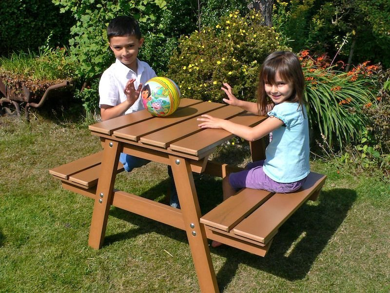 Recycled Plastic Children's Picnic Table | Thames