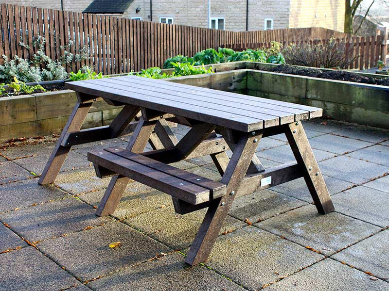 Recycled plastic picnic table from kedel with extended ends for wheelchair access